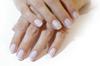 manicure przed ślubem