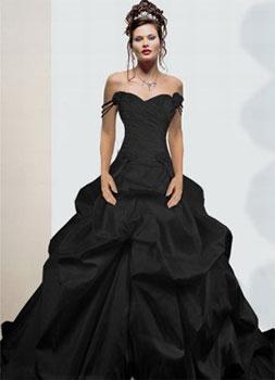 На смену белому свадебному платью пришли куда более смелые модели...