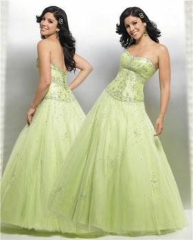 http://www.planowaniewesela.pl/jpg/kolory-sukni-slubnych/zielona-suknia-slubna.jpg