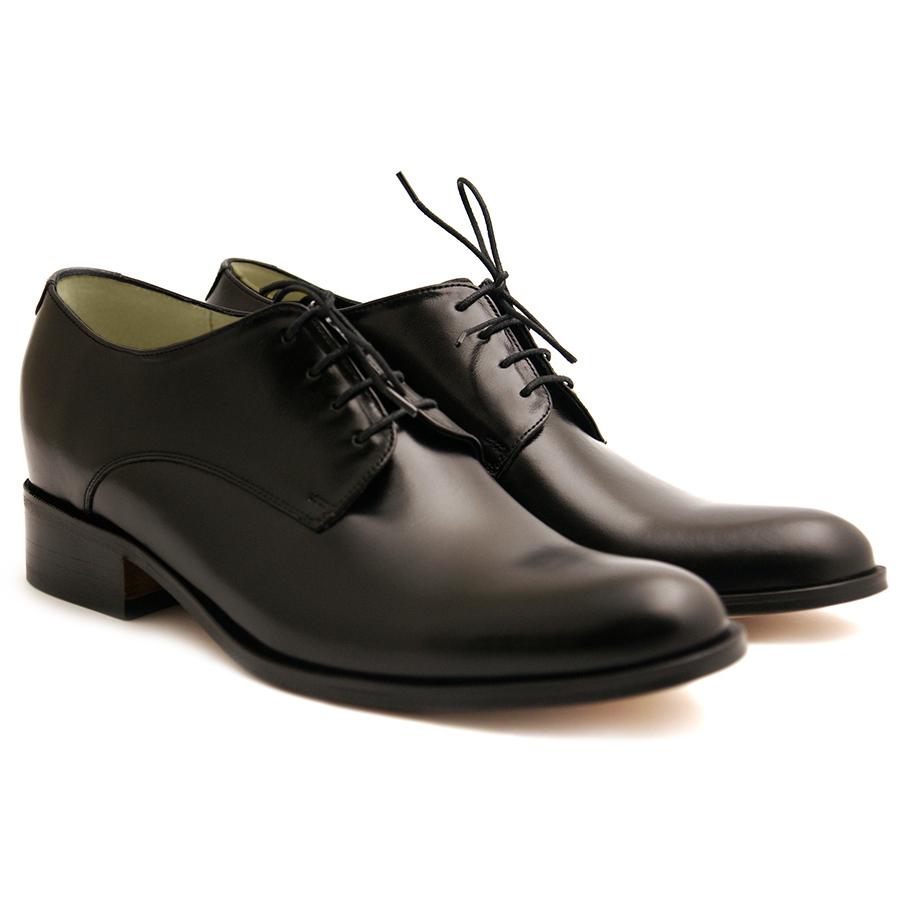 89dd4055a Obuwie dla Pana Młodego - rodzaje butów ślubnych i ceny