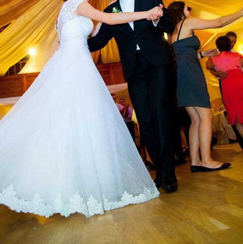 da45638c9b Suknia ślubna Niepowtarzalna suknia ślubna kolor  biały rozmiar  36 38