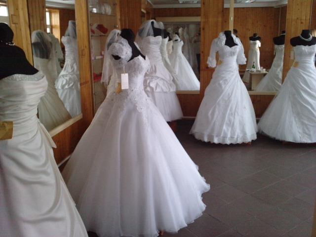 db748559ae Suknia ślubna Nowa Suknia Ślubna Po Likwidacji Salonu Bardzo Niska Cena  kolor  biały ecru
