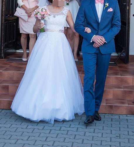 c3397cdc78 Suknia ślubna Sprzedam suknie ślubną AGNES kolor  Biała rozmiar  36-40